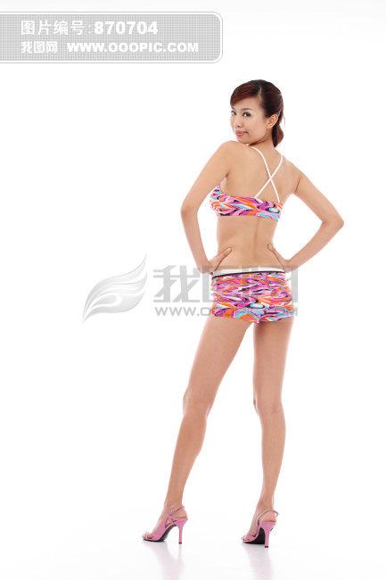 穿泳装美女背面高清图片下载