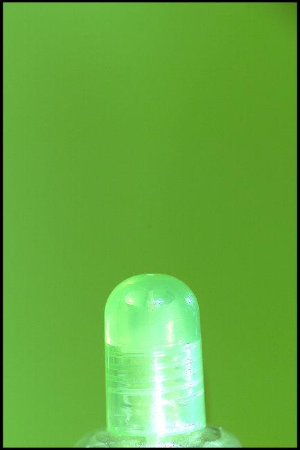 透明玻璃瓶局部摄影图片