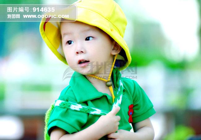儿童室外写真照片
