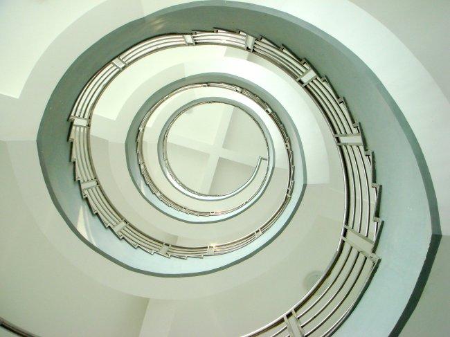 建筑 室内 楼梯/旋转楼梯 仰视 室内建筑