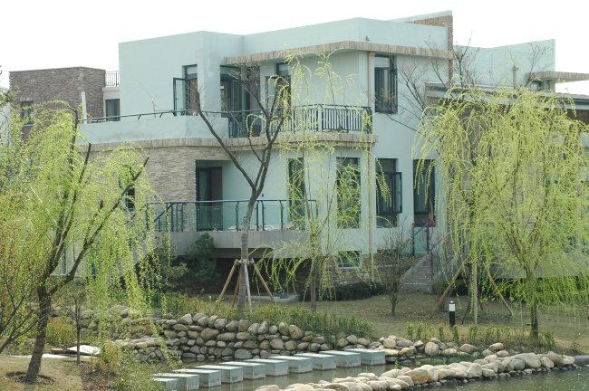 水边别墅图片远景