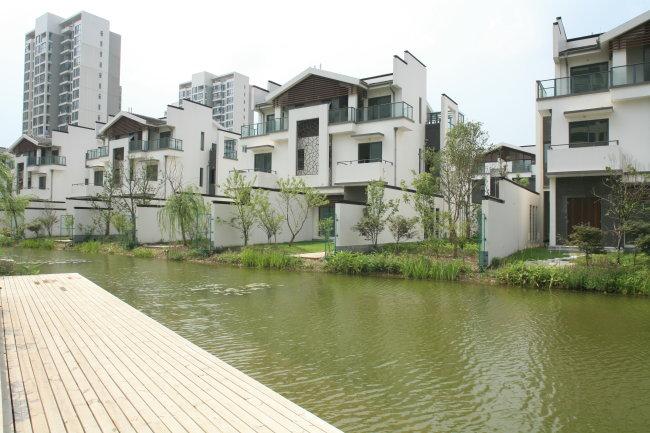 城市建筑风景模板下载 城市建筑风景图片下载 常州建筑 长岛别墅白天