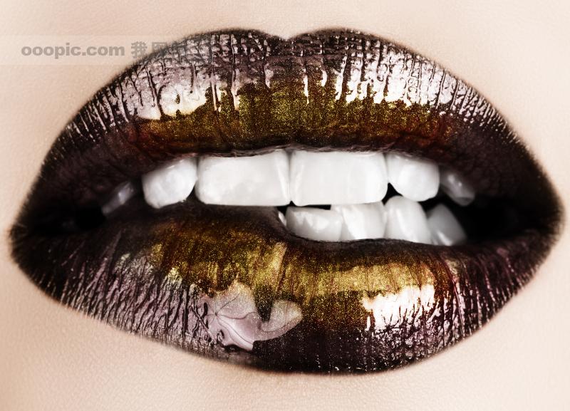女性感嘴唇 qq空间可爱图片