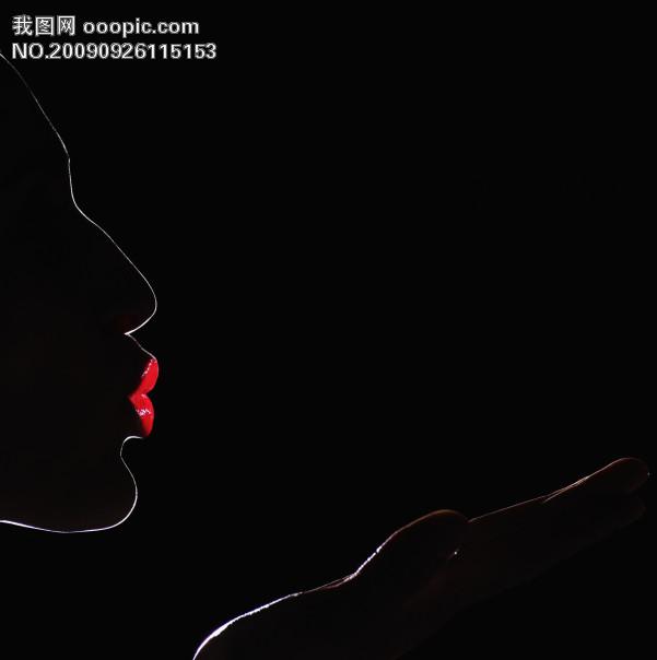 红色性感嘴唇 空间背景图片