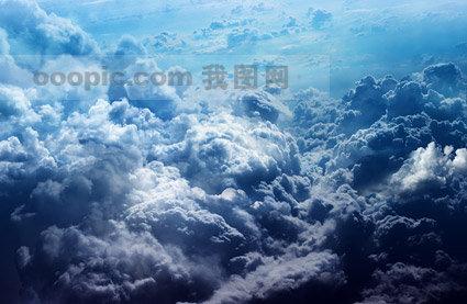 茂密的云层